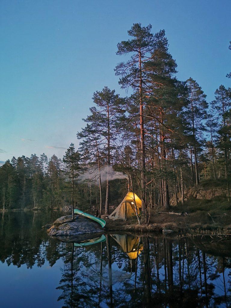 Så här vackert var det på den plats vi valde som utgångspunkt för vårt utedygn. Foto: Lars Johansson