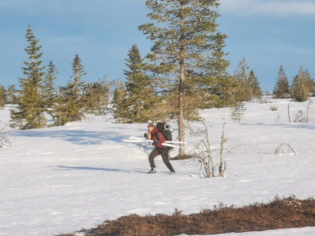 Jag valde att ta av skidorna och gå den sista biten...