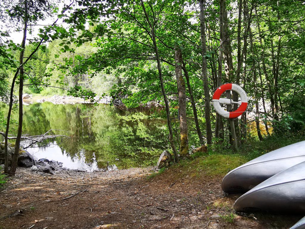 Och där låg kanoterna och väntade