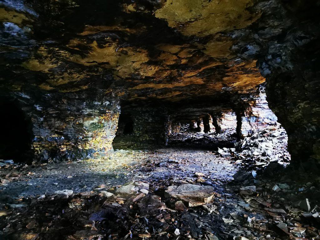 En av alla grottor vi var inne i