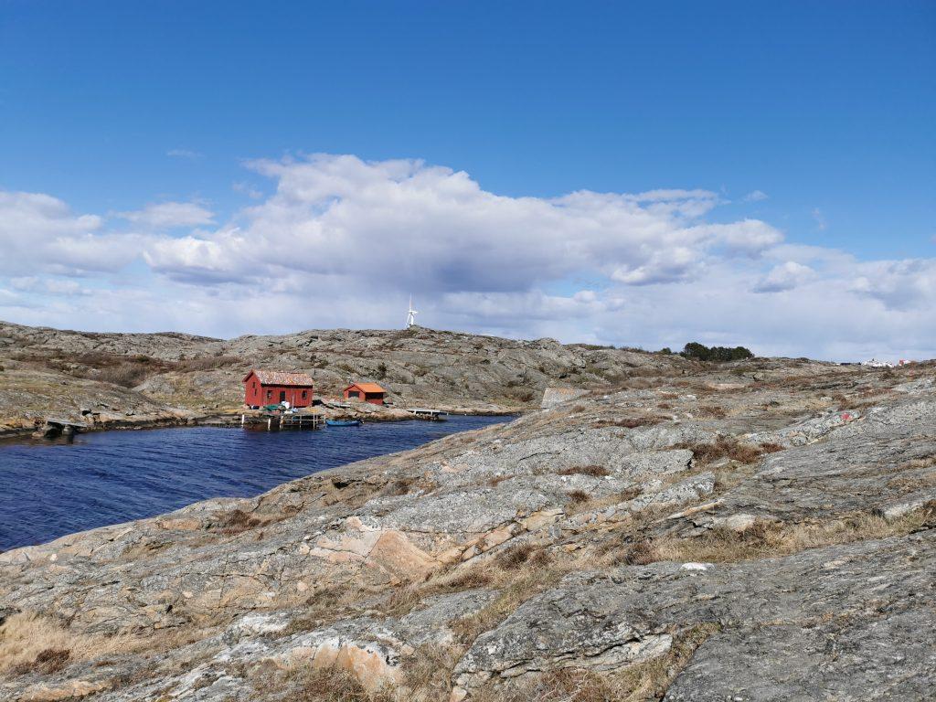 Underbara vyer längs röda-prick-leden, Mollösund