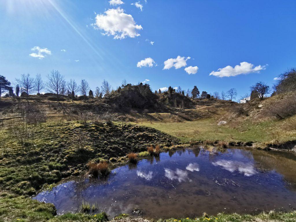 Kuröds skalbankar - Att vandra på skalrester från djur som levde här för drygt 10 000 år sedan är en mäktig upplevelse.