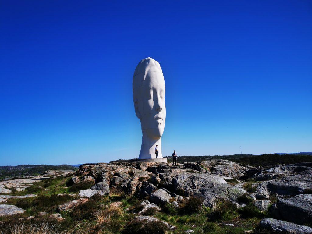 Skulpturen Anna är permanent, och förmodligen den mest kända i Pilane