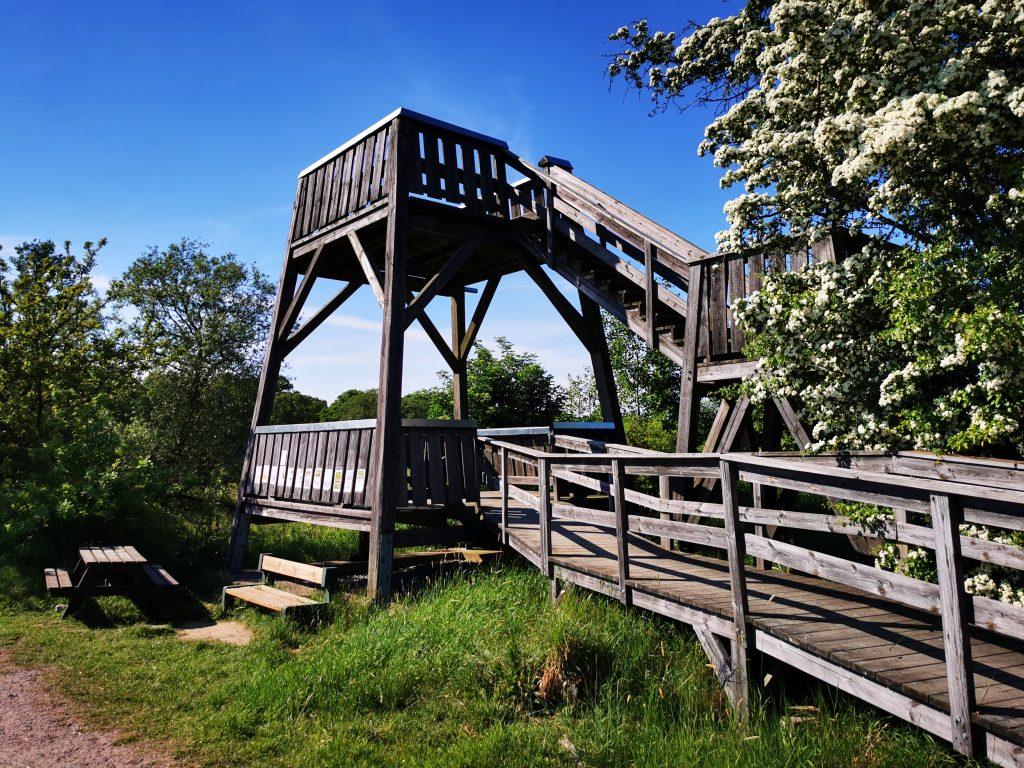 Fågeltorn vid Tegelängens våtmark, PRECIS utanför Mariestad