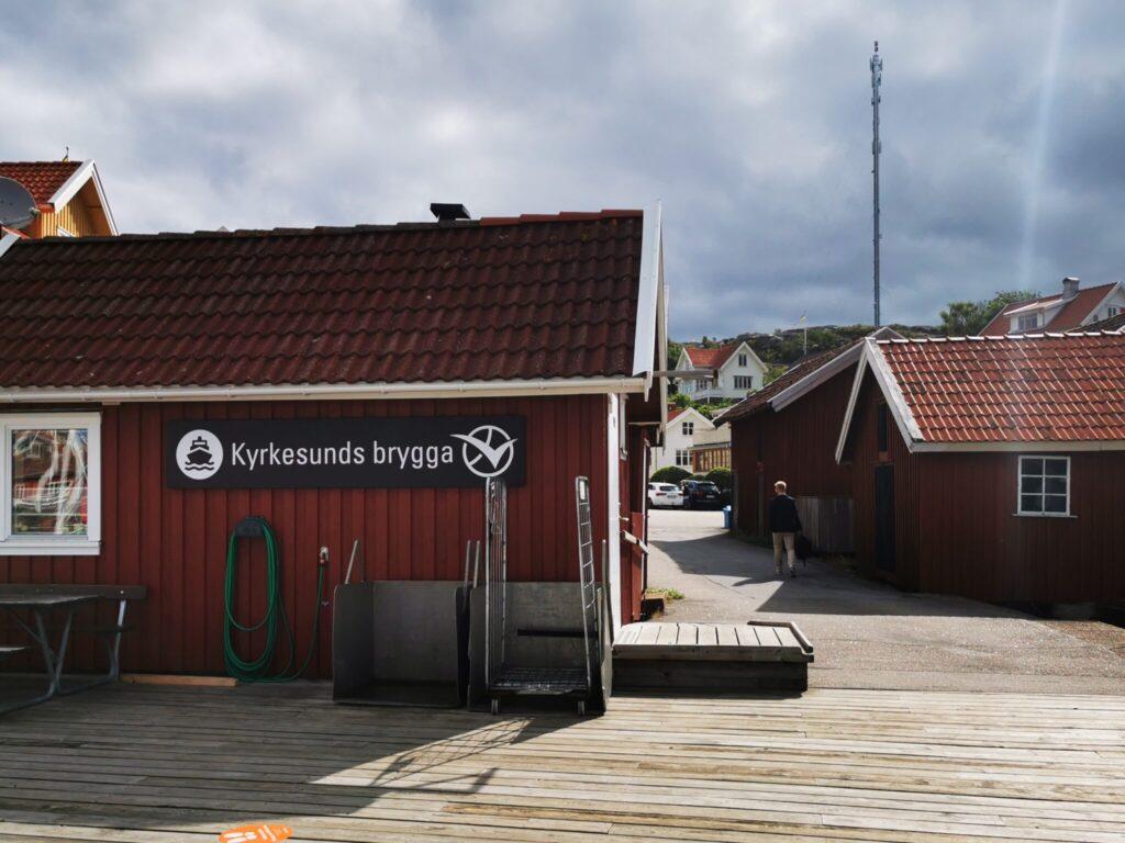 Vi tog färjan från Kyrkesund på Tjörn över till Härön - en tur på cirka 3 minuter