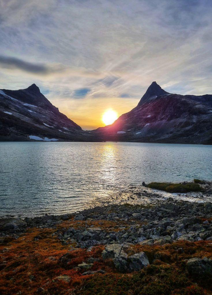 Solnedgång över koldedalsvatnet