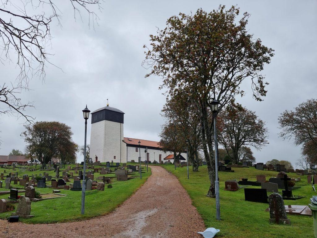 Morlanda kyrka, pilgrimsleden Orust