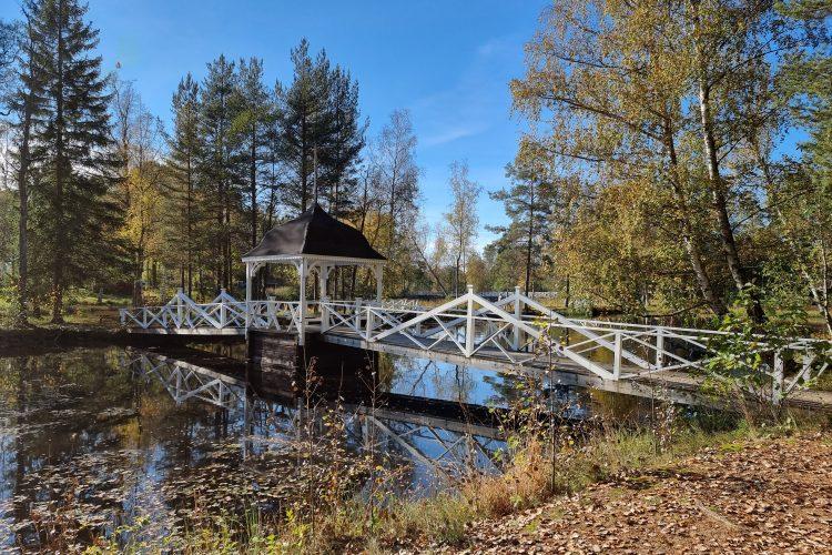 Den vackra Tempelbron i Herrgårdsparken, Mariannelund